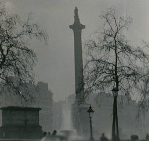 Nelson's Column during the Great Smog of 1952 ...