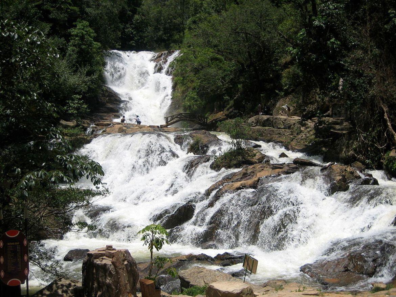 Vietnam nature : Datanla Waterfall