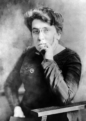 Photographic portrait of Emma Goldman, facing ...