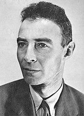 https://i2.wp.com/upload.wikimedia.org/wikipedia/commons/thumb/0/03/JROppenheimer-LosAlamos.jpg/174px-JROppenheimer-LosAlamos.jpg