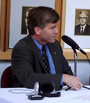 English: Attorney General Bob McDonnell (in di...