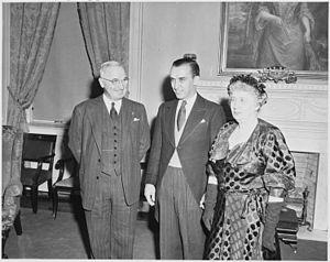 Photograph of the President and Mrs. Truman wi...