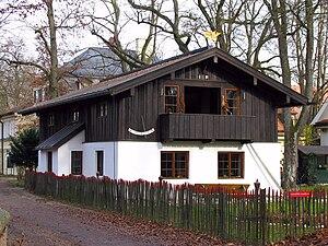 """Deutsch: Das Lola-Montez-Haus, auch """"königlich..."""