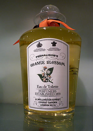 English: Display bottle by PENHALIGON'S, Londo...