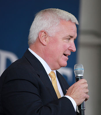 English: Tom Corbett at the McCain rally at th...