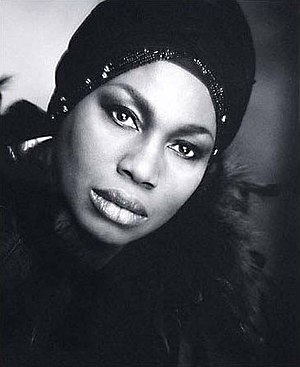 English: Leontyne Price (b&w) by Jack Mitchell