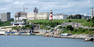 English: A cropped image of Plymouth Hoe