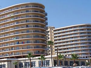 English: Beach Club Hotel, Torremolinos, Spain...