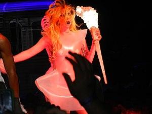 Lady Gaga performing LoveGame at Nashville, Un...
