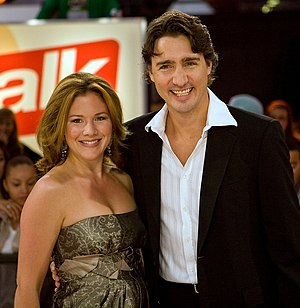 English: Justin Trudeau and wife Sophie Gregoi...