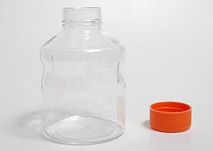 Polski: English: Disposable plastic bottle, Co...