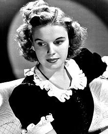 Judy Garland-publicity.JPG