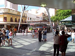 English: Picture of Queen St Mall taken by mys...