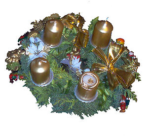 English: Advent wreath - One more of the four ...