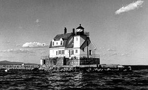 English: Rockland Harbor Breakwater Lighthouse...