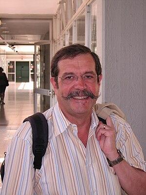 Alain Aspect on a visit to Tel Aviv University...