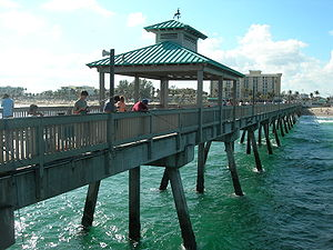 Deerfield Beach pier, 2007