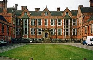 English: Frontage of Heslington Hall, York, th...