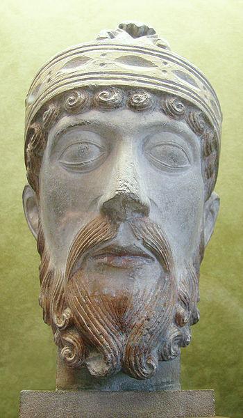 Lothaire (941-986,roi de France en 954).Statue...