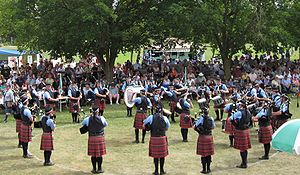English: Peel Regional Police Pipe Band at the...