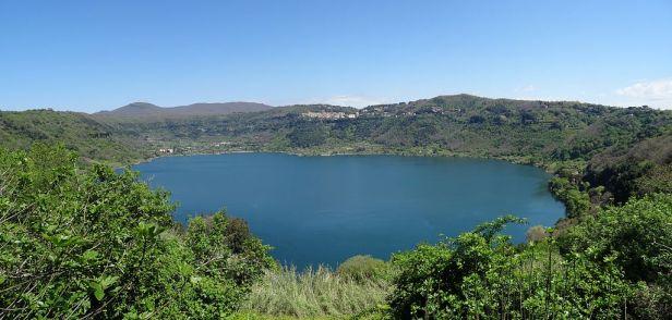 Panoramica del Lago di Nemi