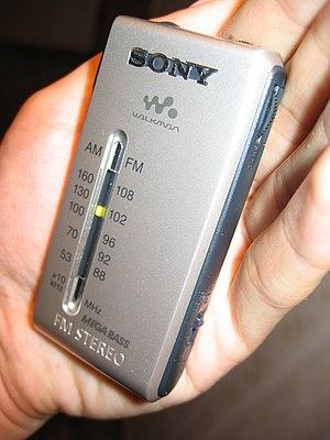 Sony Walkman SRFS84S/SRF-S84 Silver 'pocket ra...