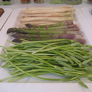 Three kinds of Asparagus officinalis (asparagu...