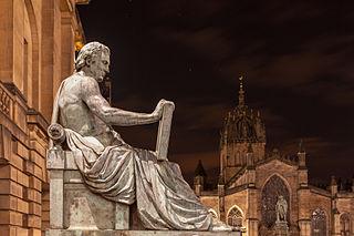 Statue-image-hume