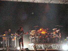 A banda, ao vivo, em Roma em 2004