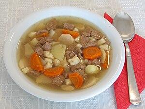 Home-made Hungarian goulash soup. Magyar: Házi...