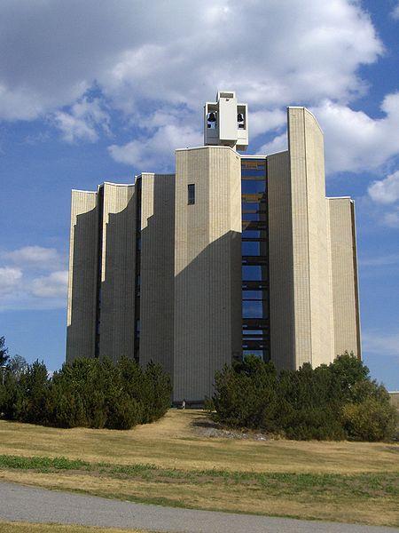 Kalevan kirkko (foto via WikiMedia Commons)