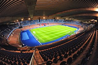 320px Paris Parc des Princes 2 - Paris Saint-Germain FC un club qui veut devenir capital en Europe