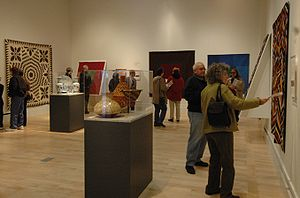 Gallery of the International Quilt Study Cente...