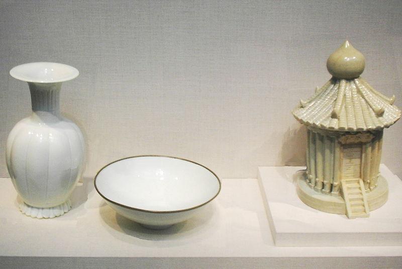 File:Song Dynasty Porcelain.jpg