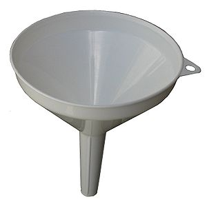 This is a plastic kitchen funnel. Polski: leje...