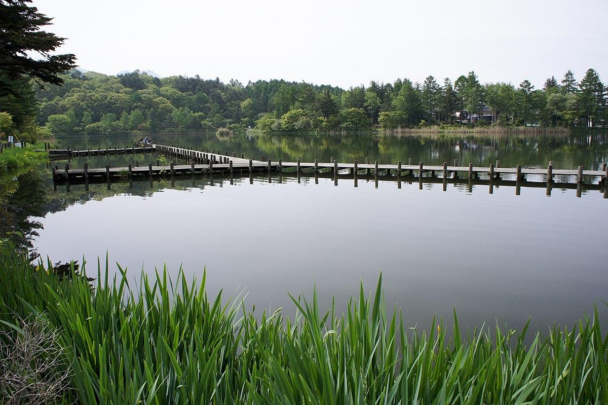 蓼科湖 - Wikipedia