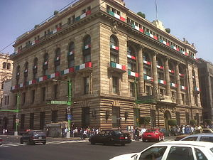 Español: Edificio del Banco de México, centro ...