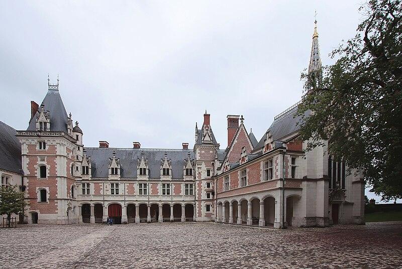 Blois25