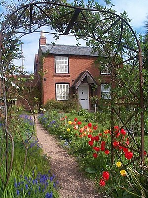 English: Elgar's Birthplace, Broadheath No pom...