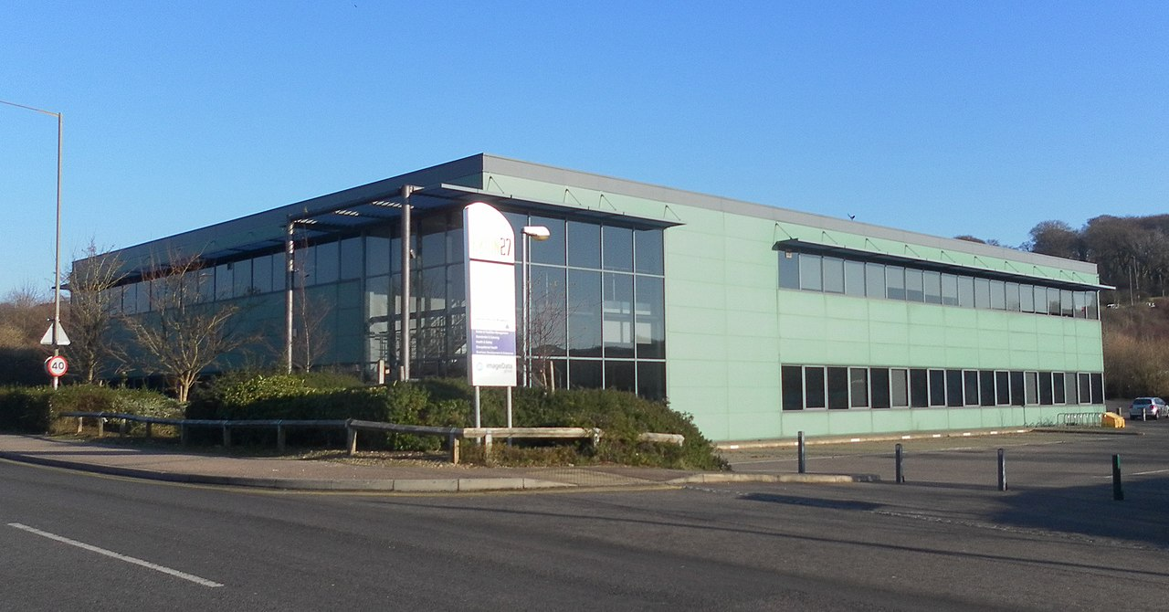File:Exion 27 Building, Hollingbury Industrial Estate