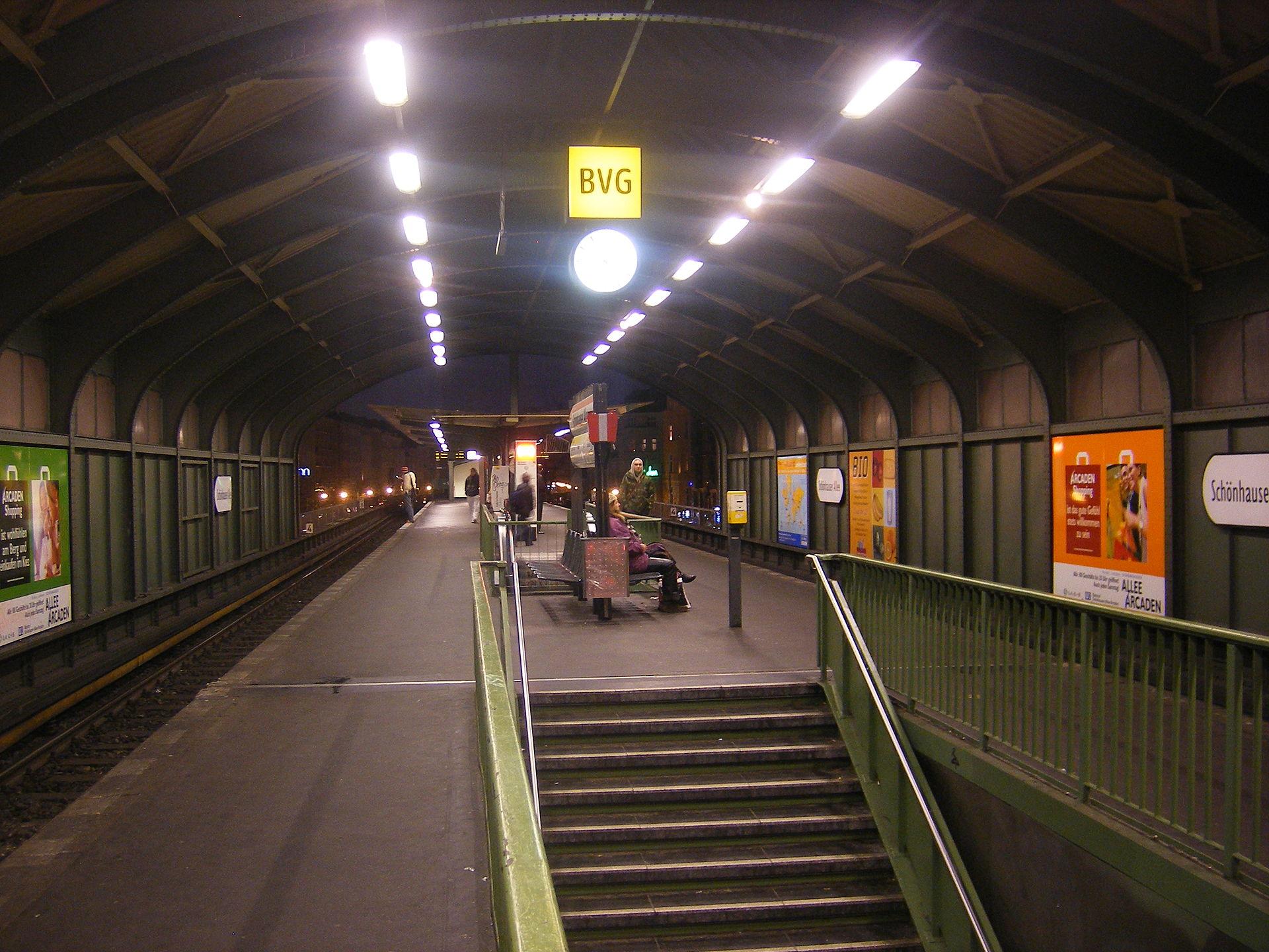 Berlin Schnhauser Allee Station Wikipedia