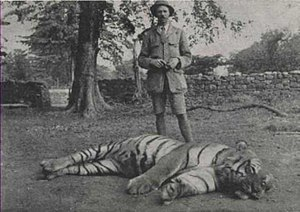 Jim Corbett with the slain Bachelor of Powalgarh