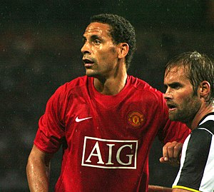 English: Rio Ferdinand with a Juventus player