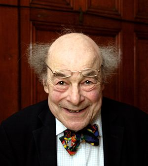 English: Professor Heinz Wolff at the Ealing C...