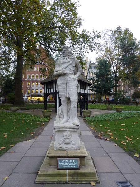 File:Statue of King Charles II in Soho Square.jpg