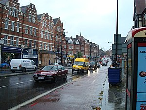 English: Streatham High Road, London. SW16