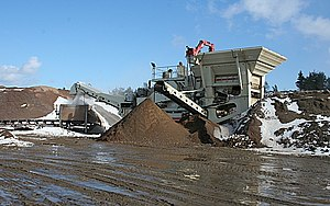 Craigenlow Quarry: Mobile Crusher This impress...