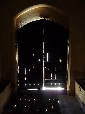 Ipsden: inside the church porch Entering the 1...
