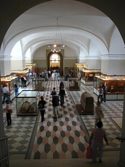 8600 - St Petersburg - Hermitage - Egyptian antiquities
