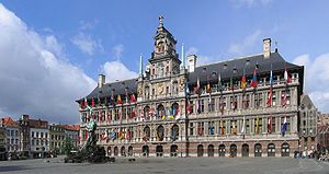 Antwerpen Stadhuis crop4 2006-05-28